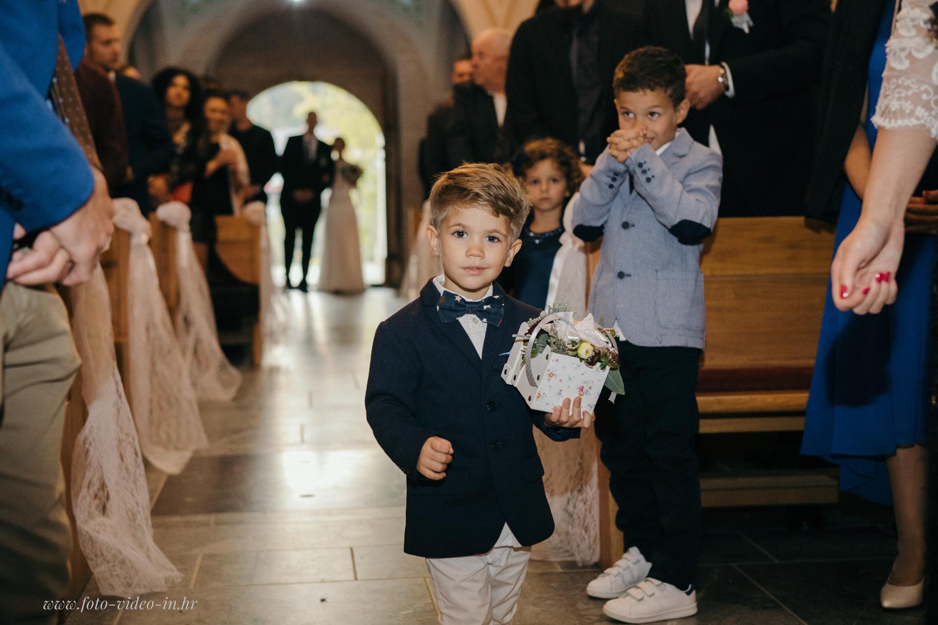 vjenčanje u crkvi